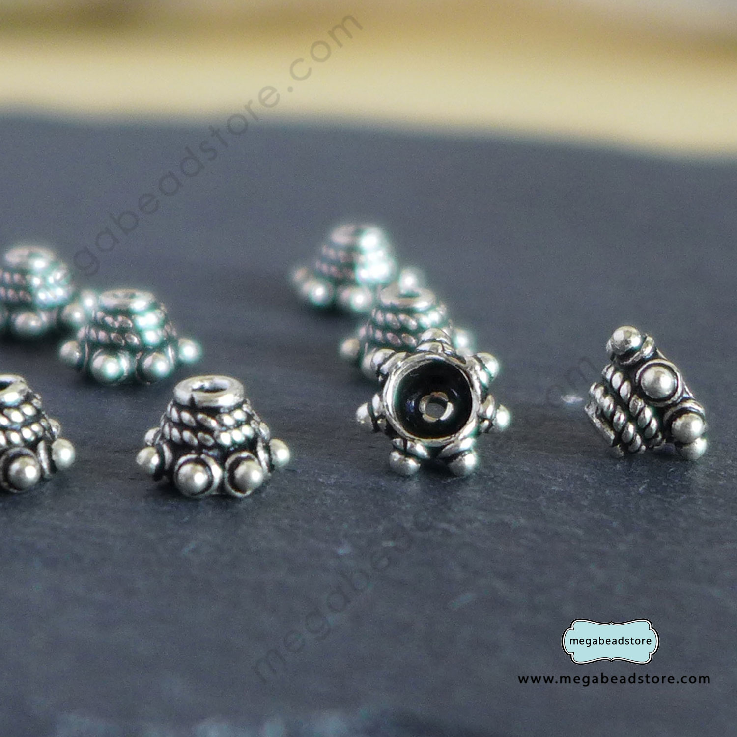 C84 Bead Caps   6mm x 4mm   12 pcs
