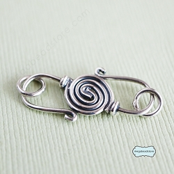 28mm Bali Sterling Silver S-Clasp T68